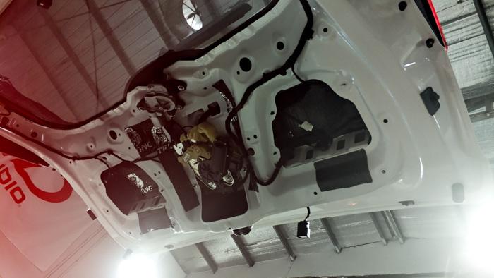 厦门哈佛H7厦门音响改装备胎炮 - 厦门南方公园汽车音响改装 隔音改装 第9张