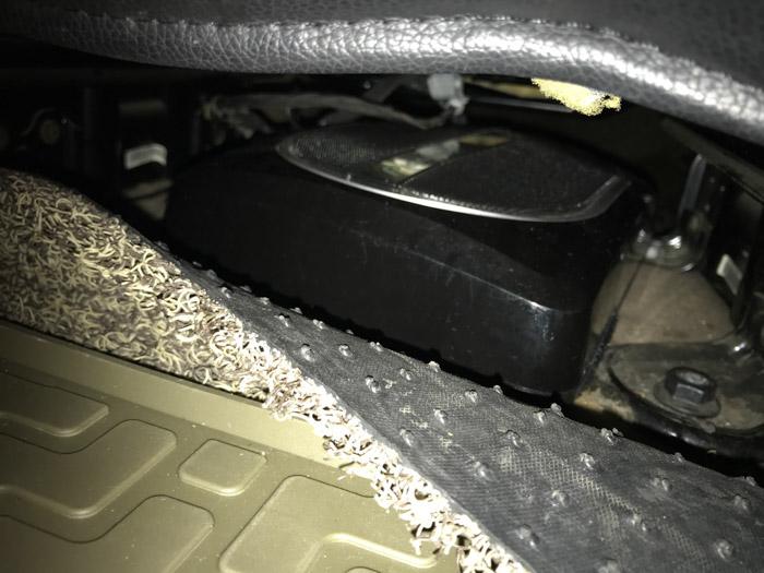 别克GL8汽车音响改装德国 - 厦门南方公园汽车音响改装 隔音改装 第11张