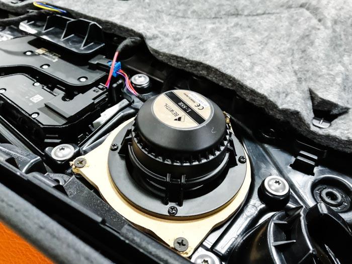 190【奔驰 C63改装案例】升级日本必伟中、高音,彩虹奔驰专用喇叭,DD 超低音 音响改装 第5张