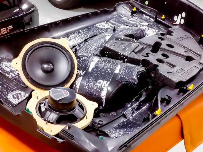 182【奔驰 SMART 改装案例】先锋超薄低音炮,乐铃两分频,狮龙两门隔音 隔音改装 第8张